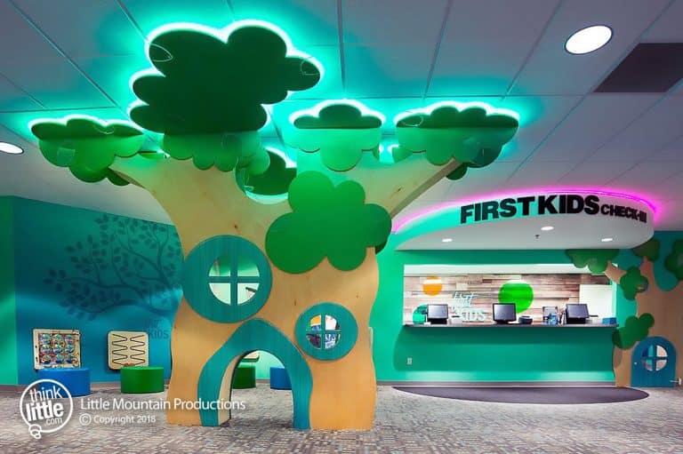 Modern_-_Tree